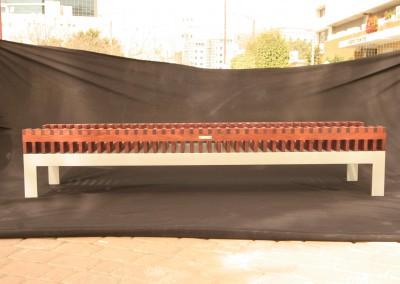 שולחן סלון עבודת יד מסורתית מעץ פדוק