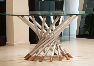 """אלומיניום עץ וזכוכית קטר 160 ס""""מ מתאים ל 9 סועדים.  4000ש'"""